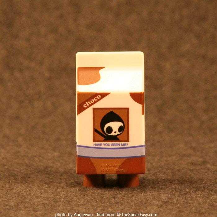 Moofia-Choco-03-rear.jpg