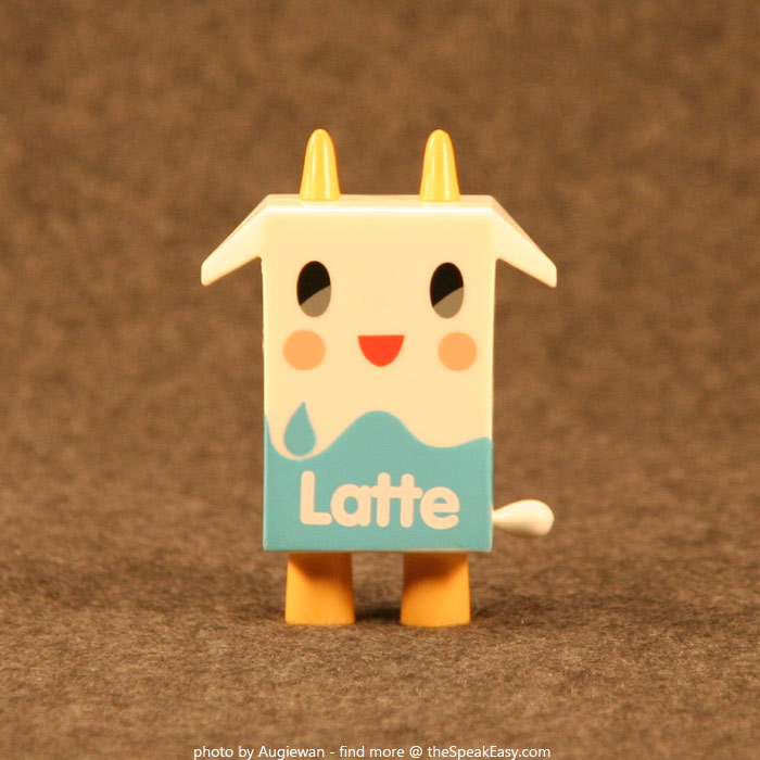 Moofia-Latte-01-front.jpg