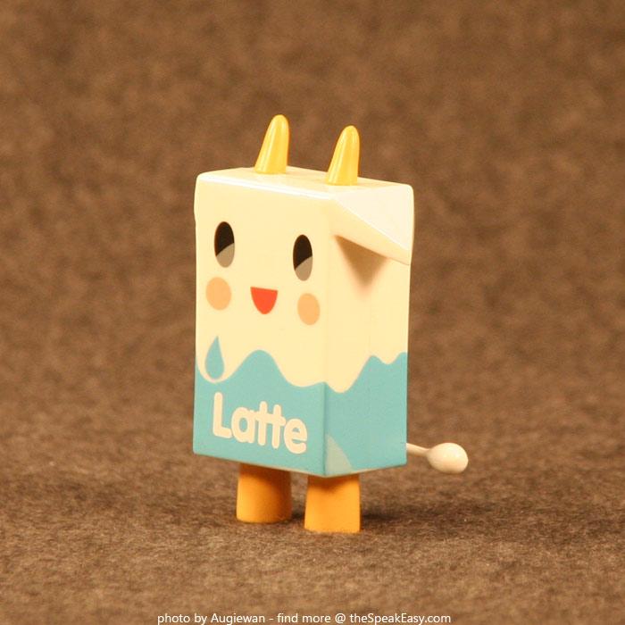 Moofia-Latte-04-left.jpg