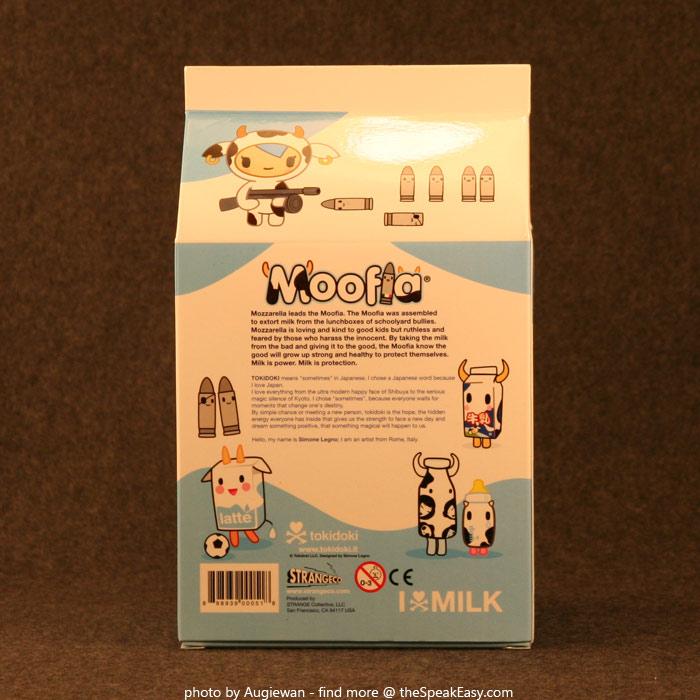 Moofia-Mozzarella-10-Unopened.jpg
