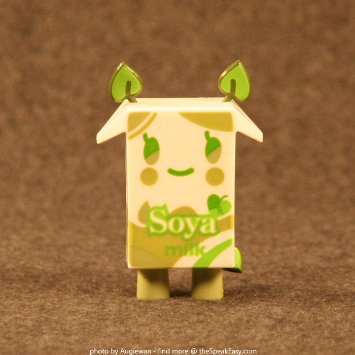 Moofia-Soya-01-front.jpg