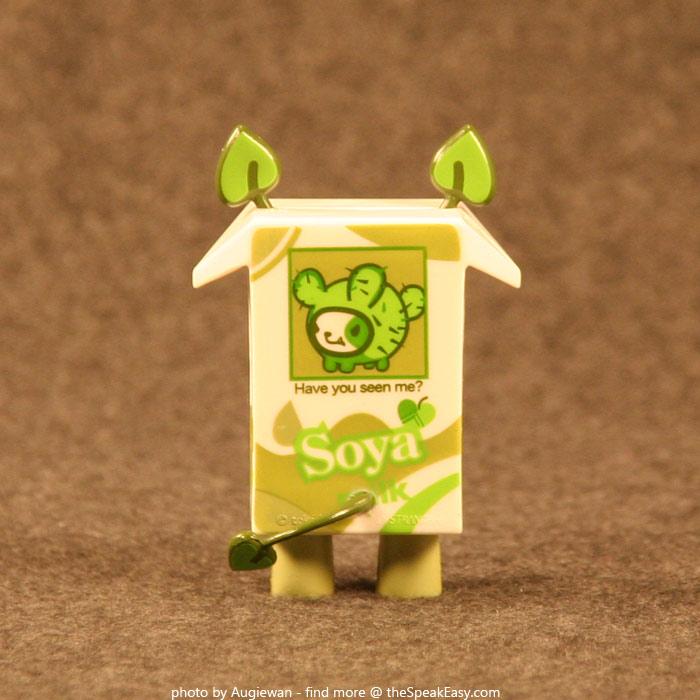 Moofia-Soya-03-rear.jpg