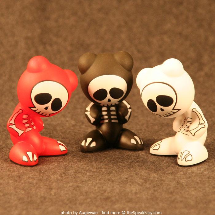 UBFunkeys-S1W1-Bones-01.jpg